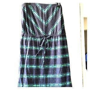 Mossimo grey with green accents summer dress